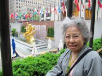 Shigeko Sasamori at Rockefeller Center (photo by Kathleen Sullivan)
