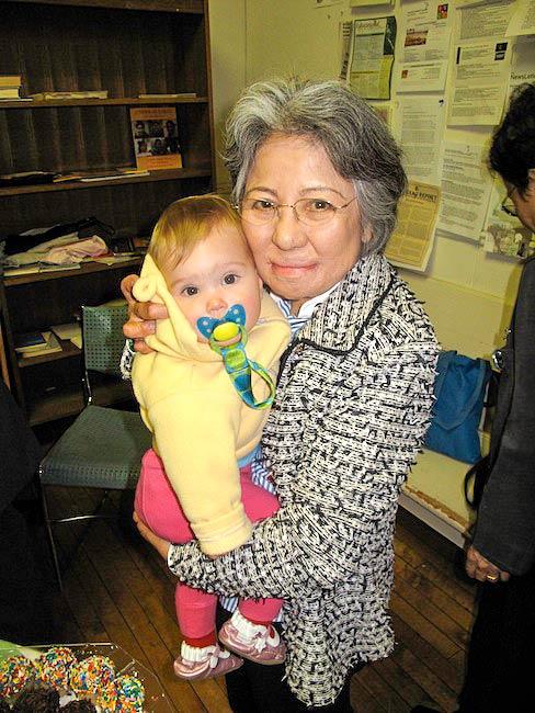 Shigeko Sasamori loves babies, Brooklyn Friends Meeting House, May 2010