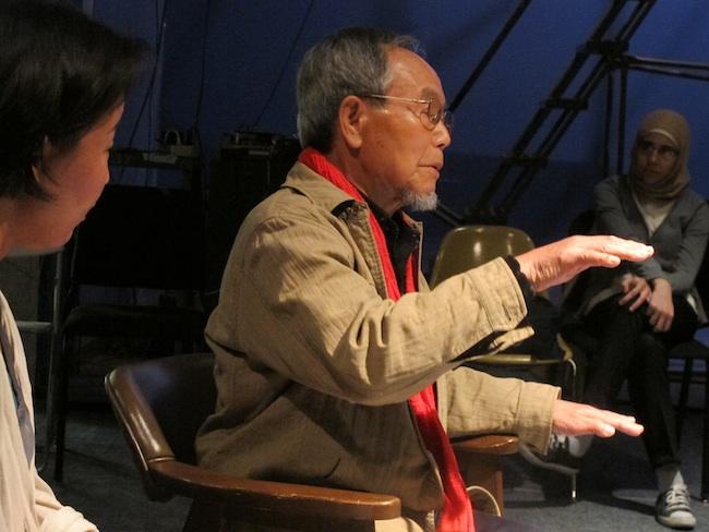 Jong-keun Lee with students from Brooklyn International High School, interpreted by Yuko Morikawa, May, 2013