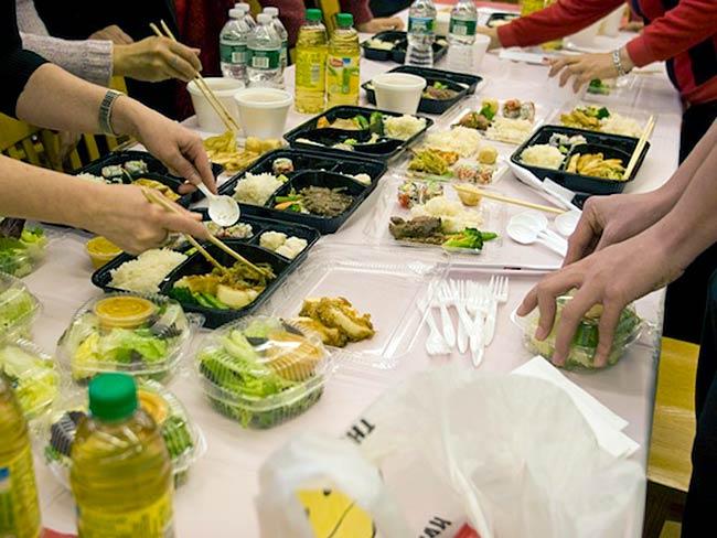 Schools often arrange for Japanese meals for their guests, December, 2010