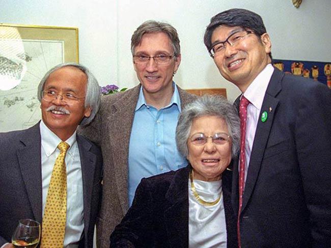 Gary Mukai, Clifton T. Daniel, Shigeko Sasamori, Mayor Tomihisa Taue