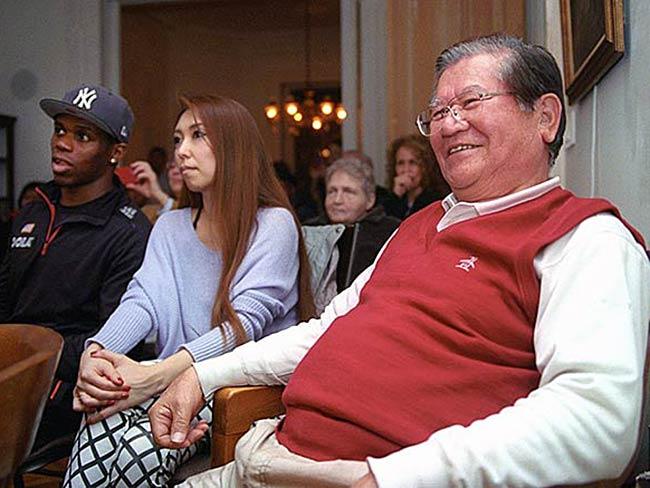 Wally Green, his wife and Michio Hakariya