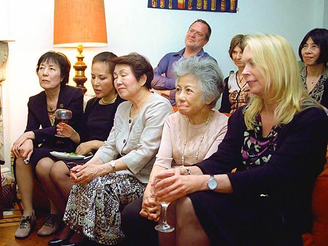 Reiko Yamada, Rachel Clark, Nobuko Sugino, Shigeko Sasamori, Kristen Iversen, Vince Liebhart