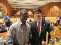 Mayor Taue with student
