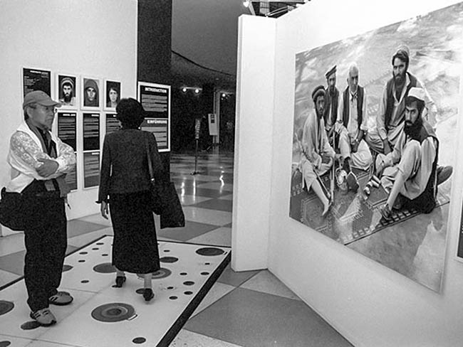 Jong-keun Lee at the Disarmament Exhibit at UN Headquarters