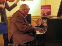 Junior Mance at Café Loup