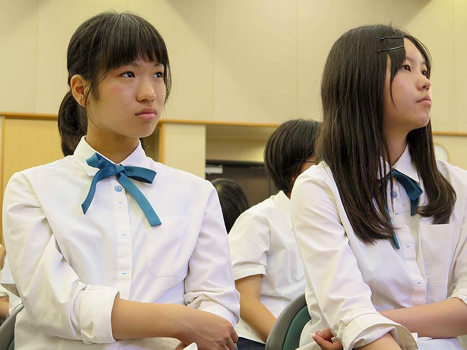Hiroshima Jogakuin students